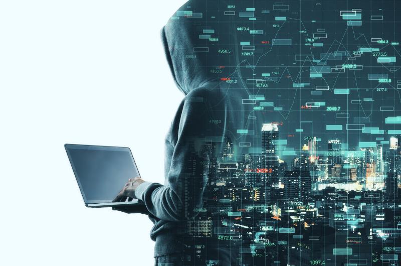 Kyberbezpečnost často ohrožuje phishing.